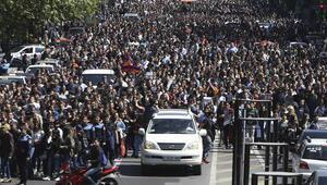 Son dakika...Ermenistanda 3 günlük yas ilan edildi
