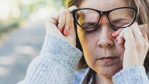 Dijital cihazların ekranına uzun süre bakmak gözlere kalıcı zararlar verebilir