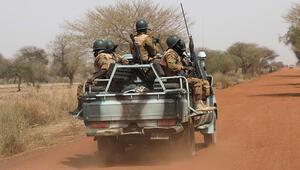 Nijerde 28 kişinin öldürüldüğü terör saldırısının ardından 3 günlük yas
