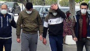Antalyada sokağa çıkma kısıtlamasında çaldıkları motosikletle gezerken yakalandılar