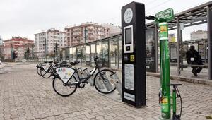 Bisiklet şehri Konyaya, yeni bisiklet tamir istasyonları kazandırıldı