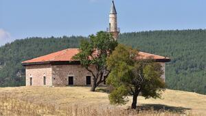 Menteşe Beyliğinden kalma tarihi bir camii:  Cevher Paşa