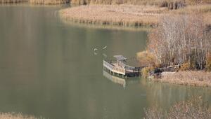 Huzurun adresi Kovada Gölü Milli Parkı ziyaretçilerini cezbediyor