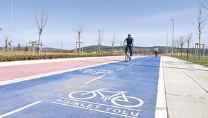 Bisiklet yolu da kirli