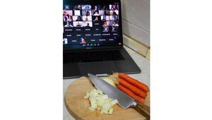 'Laptopları hazırlayın yemek yapacağız'
