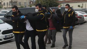 Takip ettikleri işçinin 21 bin lirasına çalan hırsızlar yakalandı