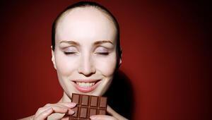 Çok fazla şeker yediğinizi gösteren 8 işaret