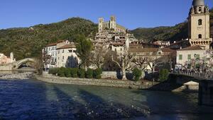 Monet tablosuna konu olan İtalyan köyü: Dolceaqua