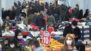 Kısıtlamaya saatler kala pazarlarda yoğunluk
