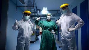 Sağlıkçıların beklediği genelge: Covid-19 meslek hastalığı