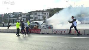 Köprüde bir araçta meydana gelen yangın güçlükle söndürüldü