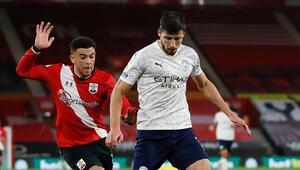 Premier Ligde Manchester City, Southamptonı tek golle geçti