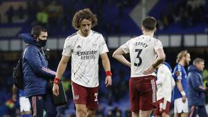 Premier Ligde Arsenalı 2-1 yenen Everton, zirve takibini sürdürdü