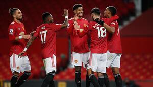 Premier Ligde Manchester United, Leeds Unitedı 6 golle geçti