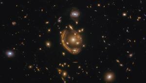 Devasa Einstein halkası böyle görüntülendi