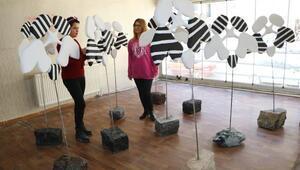 Hakkarinin ilk heykel sergisi, sanat evine dönüştürülen çay evinde açılıyor