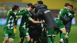 Kupa yorgunu Bursaspor, İstanbulspor maçının son bölümünde açıldı