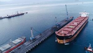 Vali Doğan, Atakaş Limanının rekorunu paylaştı