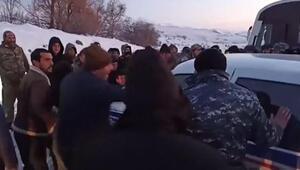 Ermenistanda Paşinyana ikinci şok: Kente girişi engellendi