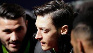 Son Dakika Haberi | Arsenal ikiye bölündü Mesut Özil krizi...