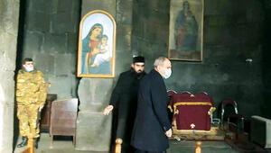 Ermeni papaz Paşinyan'ı tersledi
