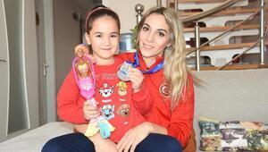 Türk sporunun örnek annesi Göksu