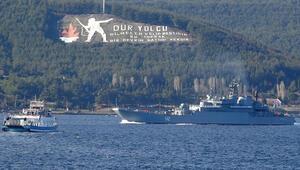 Rus savaş gemisi Novocherkassk Çanakkale Boğazı'ndan geçti