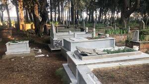 Mahalle mezarlığındaki mezarlar tahrip edildi