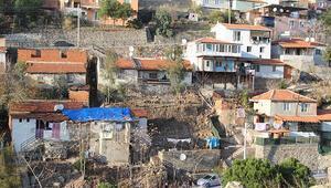 İzmirde depremden sonra heyelan paniği