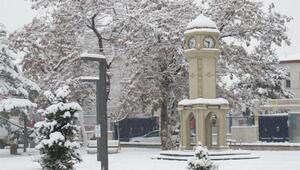 Doğu Anadoluda 661 köy yolu kardan kapandı