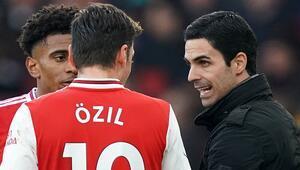 Arsenal'de Mesut Özil sonrası Mikel Arteta tartışmaları sürüyor