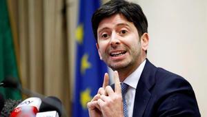 İtalya düzensiz göçmenler dahil herkesi aşılayacak