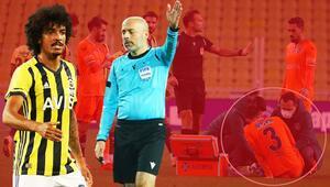 Fenerbahçe-Başakşehir maçına damga vuran karar Sosyal medya ikiye bölündü