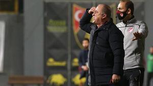 Galatasarayda Fatih Terim savunmasını kendi yapacak