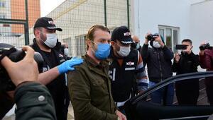 Ceyhan Belediyesi ile ilgili soruşturmada yeni detaylar Usulsüz ruhsatlarla 300 milyon liralık yolsuzluk ve 135 bin dolar rüşvet iddiası