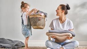 Çocuklar hangi yaşta hangi ev işlere yardım etmeye başlamalıdır