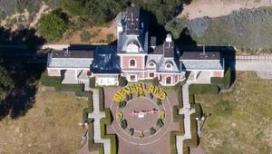 Michael Jacksonın Neverland çiftliği satıldı