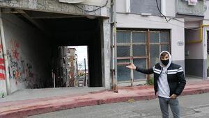 Görenler şaşıp kalıyor Apartmanın altından sokak geçiyor