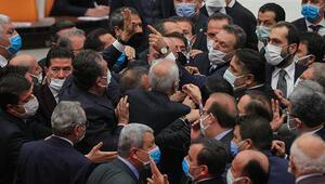 Mecliste yumruklu kavga