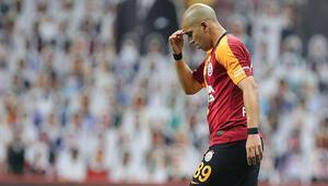 Galatasarayda Sofiane Feghouli sakatlandı