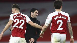 Londra derbisinde Chelseayi 3-1 yenen Arsenal, kötü gidişe dur dedi