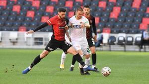 Gaziantep FK 3-1 Alanyaspor / Maçın özeti ve goller (Galatasaray liderliği garantiledi)