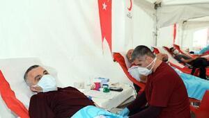 Kırklareli Valisi Bilgin, kan bağışında bulundu