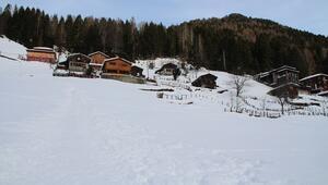 Karla kaplı Ayder Yaylası, en sessiz kış mevsimini geçiriyor