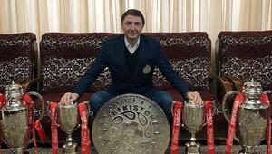 Şota Arveladze, Özbekistanda ikinci kez Ligin en iyi teknik direktörü...