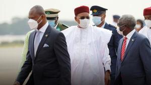 Nijerde seçimin ardından oylar toplanıyor
