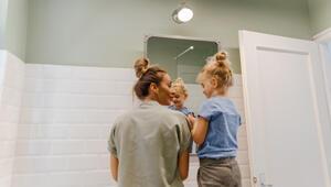 Banyonuzu çocuğunuz için daha güvenli bir hale getirmenin 5 yolu
