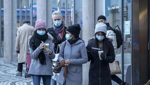 Dünya genelinde Kovid-19 tespit edilen kişi sayısı 82 milyona yaklaştı