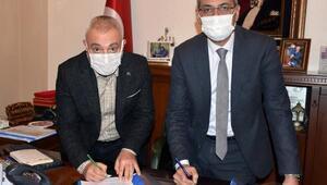 Tarsus Belediyesi'nde en düşük işçi maaşı 3 bin 500 TLoldu