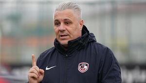 Gaziantep FK Teknik Direktörü Sumudica: Hiçbir sosyal medya hesabım bulunmamaktadır
